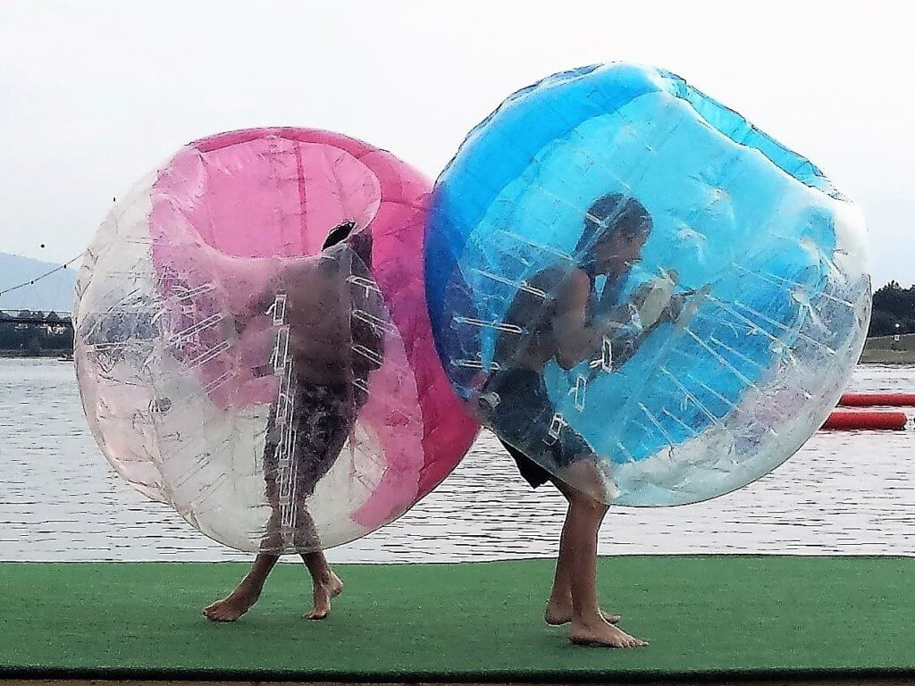 Bubble Wrestling