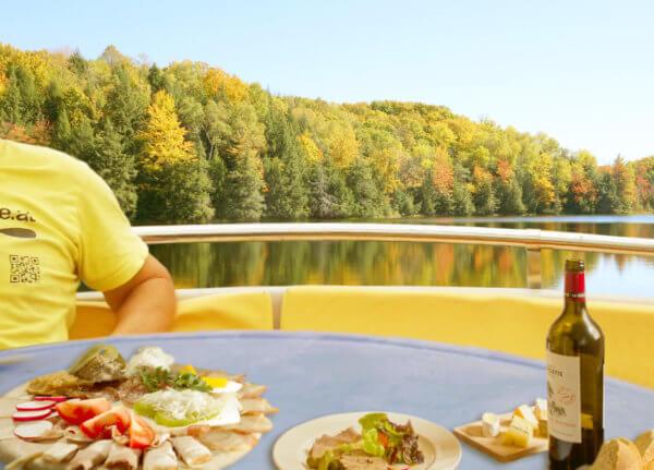 Brettljause essen in Graz auf der schönen Mur im Grill & Chill iLand