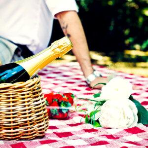Romantisch frühstücken zu zweit in Graz auf der Mur